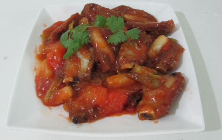 Kraduk Mu Priao Wan o Costolette di maiale in agrodolce - http://www.provarciegratis.com/cucina-thailandese/ricette-cucina-thai/costolette-di-maiale-in-agrodolce/ - by  Pier Sottojox -  #Costolettedimaialeinagrodolce #cucinathai #KradukMuPriaoWan #piattithaiconmaiale