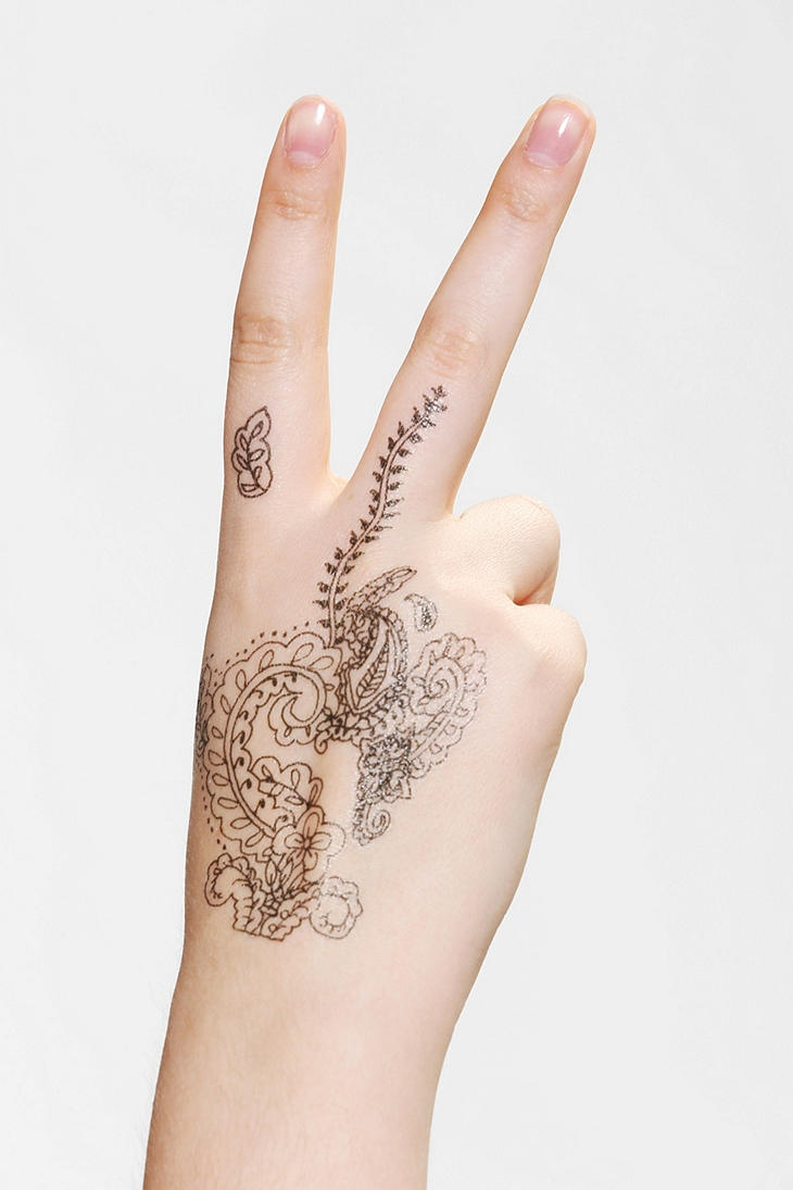 Light uv tattoos henna tattoo for - Overview Temporary Henna Tattoo Makes Henna Hands Suuuuper Easy Get Intricate Henna Designs In A Flash Easy To Apply Easy To Remove Content Care