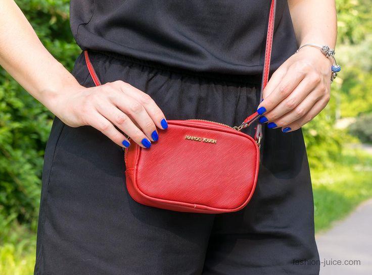 I love this crossbody bag // Mango #fashionjuicecom