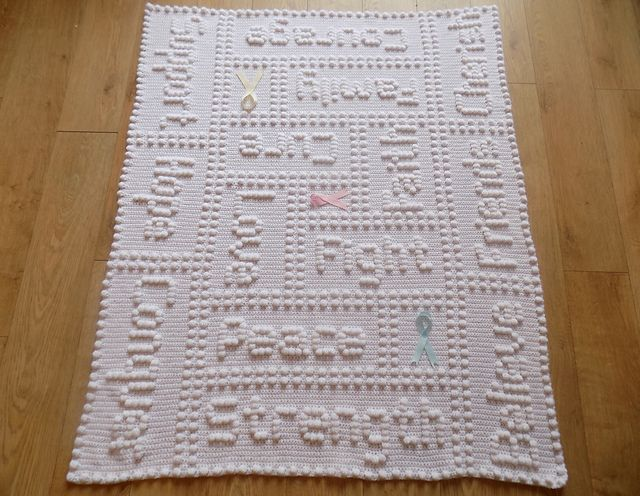 Cancer Support Motif Lap Blanket [free pattern]   Styles Idea