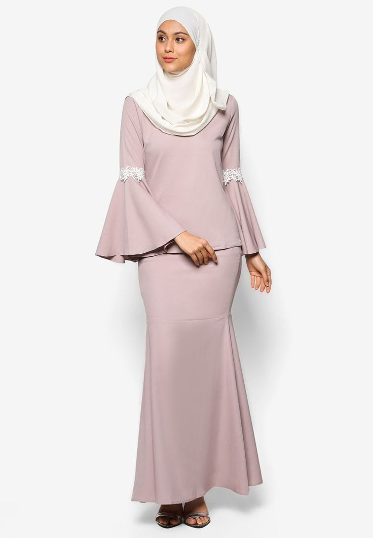 Flare Sleeve Kurung from Lubna in grey_4