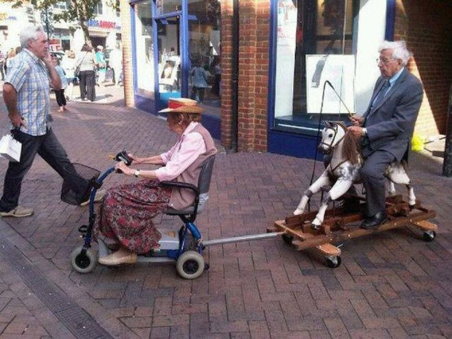 Rollator // Old People // Horse // Whip // Funny