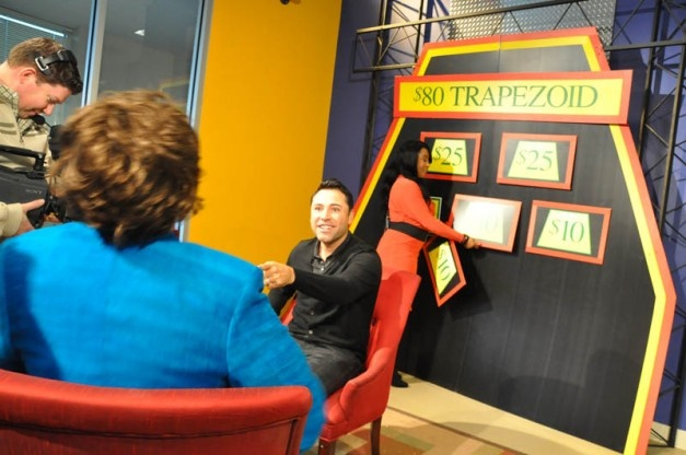 Boxing Champ Oscar De La Hoya plays $80 Trapezoid with FOX 2's Tim Ezell and April Simpson