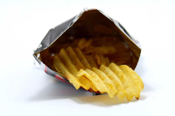 Gli additivi vengono utilizzati per una miglioreconservazione dei cibi e per esaltarne il sapore. Tempo di lettura: 4 min.  Riconosciamo gli additivi in etichetta.   Sulle etichette dei prodotti alimentari son riportati gli ingredienti e per