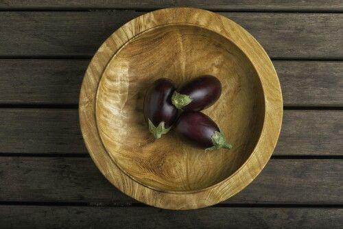 Albizia with Aubergines. Woodturned bowl by Ashley Viljoen. #wood #design #woodturning #homeware #southafrica #buylocal