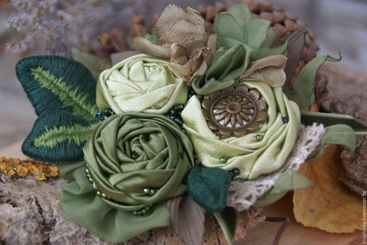 """Купить Брошь из ткани """"Хвойный лес"""" - зеленый, оливковый, хаки, хвойный, фисташковый, брошь"""