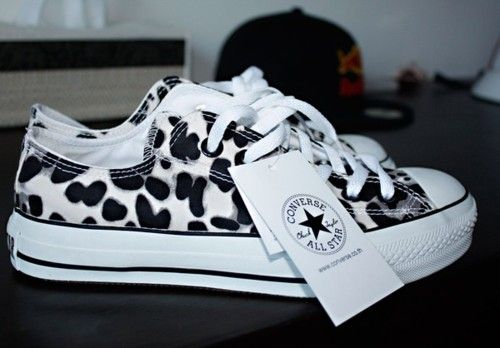 In love with these Converse.