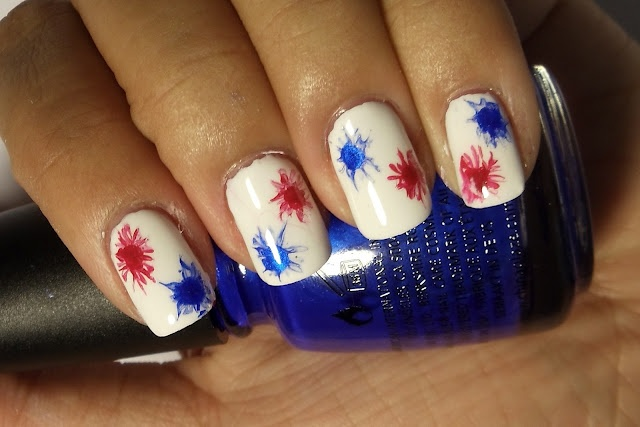 New 4th of July Firework Nail Tutorial: July Fireworks, Fireworks Nail, Fingernails 4Th, Firework Nails, July Nail, 4Th Of July, Nail Tutorials, Beauty