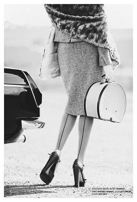 beautiful 1940-1950s outfit recreated with modern clothes (Miu Miu, Chanel, Dondop)