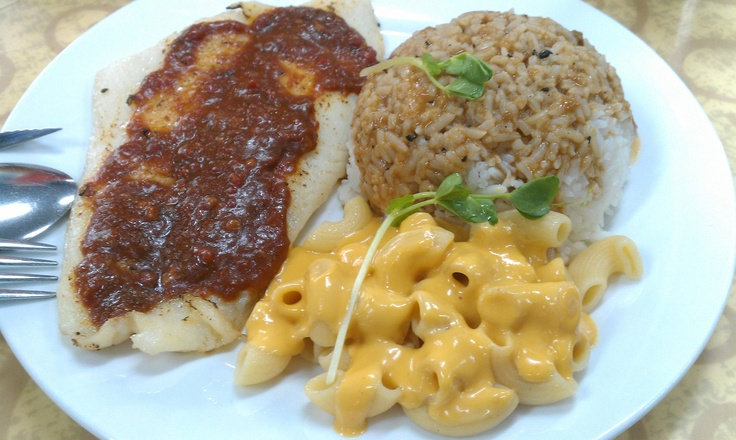 Chilli bake fish with tasty rice and macoroni cheese.