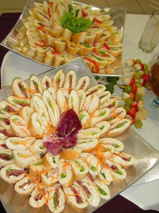 Miniatura Sanduíches para Festas -  /   Miniature Sandwiches for Parties -