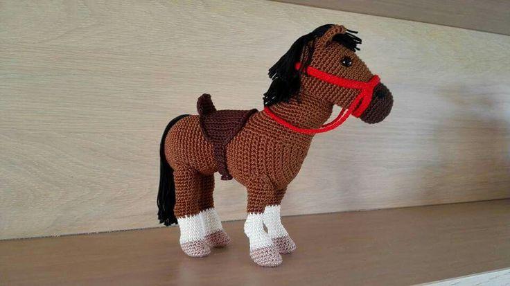 Gehaakt paard - Christel Krukkert -