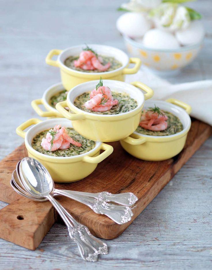Bjud på underbar buffé med klassikerna ägg, lamm och sill i nya former och nytt sällskap!