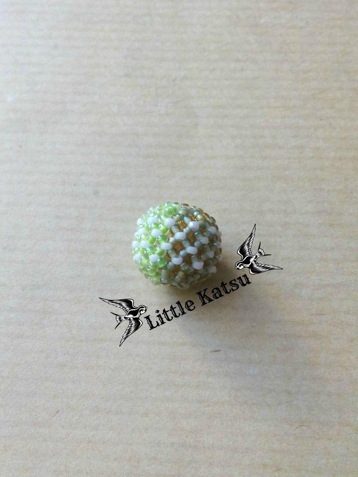Perle Perlée Tissée À L'Aiguille - Blanc/Vert Fluo/Vert Chartreuse. : Perles par littlekatsu
