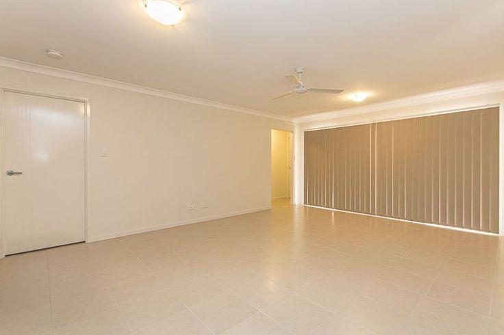 Cesar II - Living Room