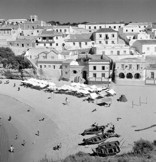 Artur Pastor: Algarve, Carvoeiro. Décadas de 50/60