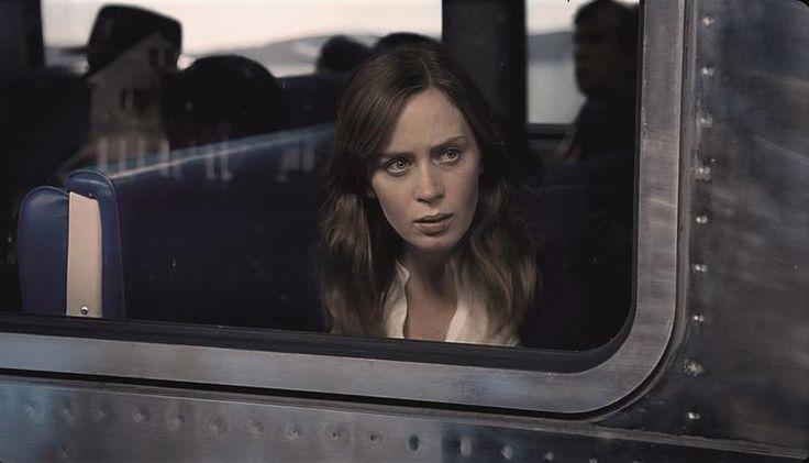 通勤電車の窓から不倫現場を目撃エミリーブラント主演ミステリーが1位全米ボックスオフィス考 - シネマトゥデイ