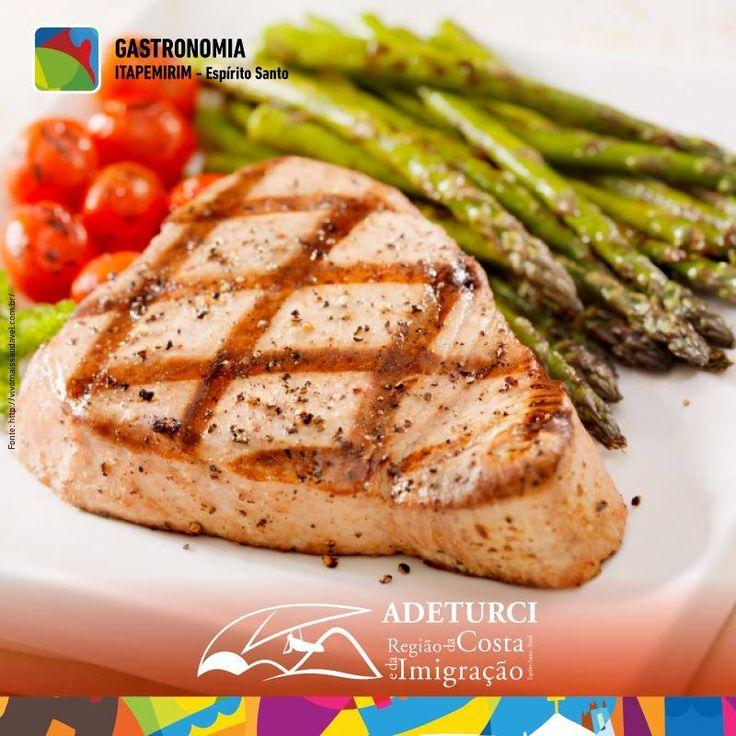 A gastronomia é parte integrante de um belo roteiro de viagem. Que tal dar um pulinho em Itapemirim e degustar um atum bem preparado e temperado com as belezas desse lugar?  #gastronomia #atumitapemirim #adeturciitapemirim #costaeimigracao #vempracostaeimigracao