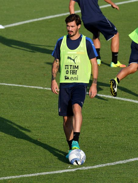 Alessio Romagnoli of Italy in action during the training session at the club's training ground at Coverciano on August 29, 2016 in Florence, Italy.