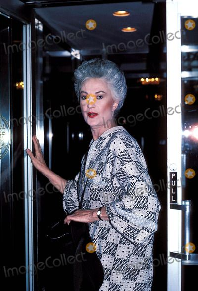 Photos and Pictures - Bea Arthur and Nell Carter Photo: Suzie Bleeden- Globe Photos Inc 1986 Beaarthurretro