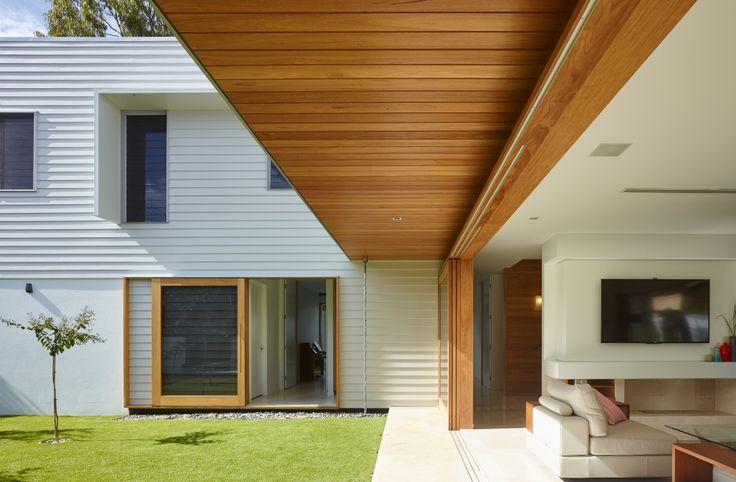 The Corner House | Queensland Australia | Shaun Lockyer Architects