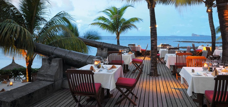 Dining by the beachfront at Le Cannonier Hotel, Mauritius