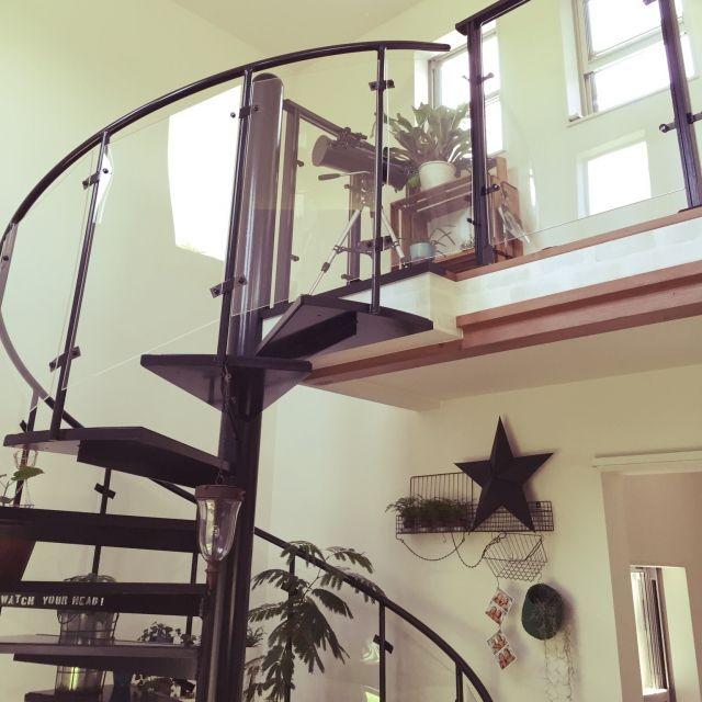 mayuさんの、観葉植物,螺旋階段,吹き抜け,階段,のお部屋写真