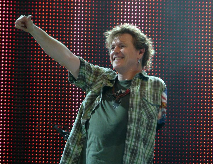 """http://ift.tt/2rLylVl - Def Leopard's drummer Rick Allen lost his arm in a car accident in 1984 determined to keep going he got a custom made electronic drum set to assist. Their next album """"Hysteria"""" was released in 1987 which was credited as to being their best album yet."""