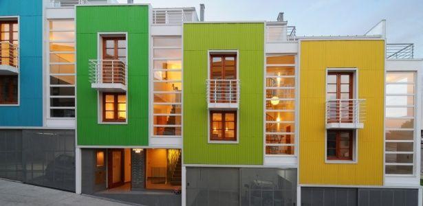 Lofts no Chile unem modernidade e tradição em paisagem colorida