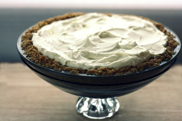 key lime pie: Limes Zest, Keys Limes Pies, Pies Shops, Yummy Recipe, Vanilla Beans, Key Lime Pies, The World, Beans Blog, Secret Desserts