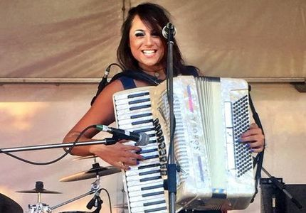 Australia's most entertaining and widely recognised female Accordionist. Her repertoire ranges from Couture to Contemporary. Vintage Classics, French favourites and more!