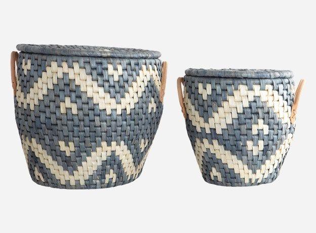 Cq0100 - Baskets w/ lids, Graphic, grey/natural, set of 2 sizes, S.: dia.: 30/20 cm, h.: 32 cm, L.: dia.: 40/30 cm, h.: 41 cm