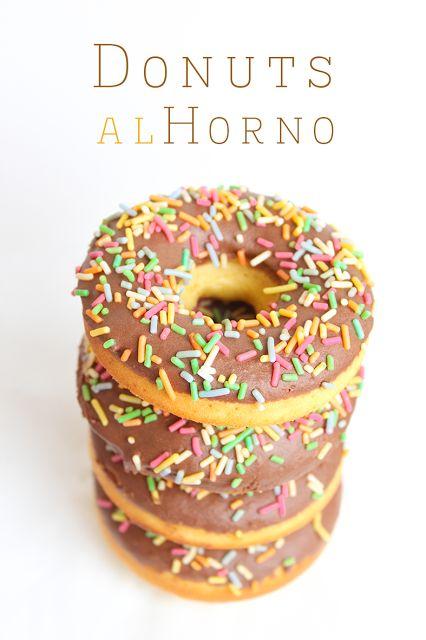 Donuts al horno con el toque de Verónica del blog El Rincón de los Postres http://ow.ly/ttnaT Delicious! #ElRincondelosPostres #postres #dessert #blogcocina #recetas #cocina