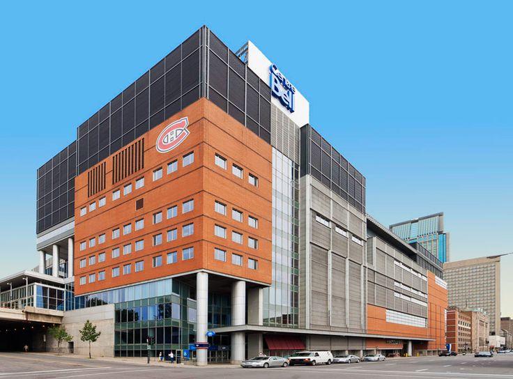 Le Centre Bell, auparavant connu sous le nom de Centre Molson, est une salle omnisports située à Montréal, au Québec (Canada). Il s'agit notamment du domicile des Canadiens de Montréal de la Ligue nationale de hockey depuis le 16 mars 1996, lorsque l'équipe a quitté le Forum de Montréal.