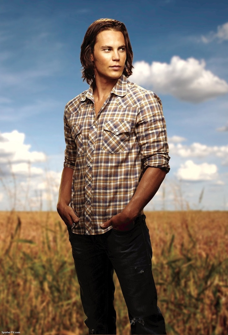 17 best images about friday night lights minka friday night lights taylor kitsch as tim riggins he s