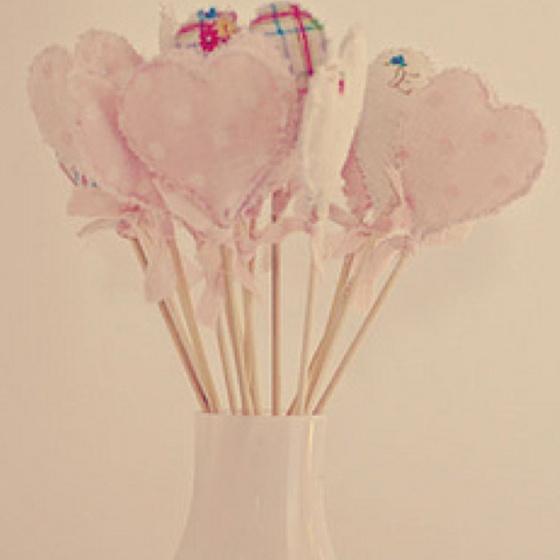 Bouquet of fabric hearts - www.cherrymenlove.com