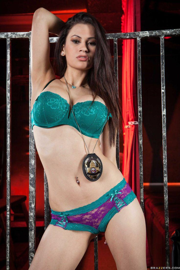 Vanessa Veracruz Hot Pornstar Is Sexy Cop In Aqua