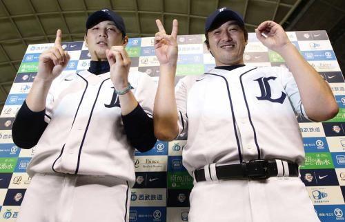 Hideaki Wakui and Kazuhisa Ishii (Saitama Seibu Lions)
