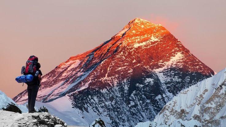 """85 yaşındaki dağcı Everest Dağı 'nda öldü  """"85 yaşındaki dağcı Everest Dağı 'nda öldü"""" http://fmedya.com/85-yasindaki-dagci-everest-dagi-nda-oldu-h23658.html"""