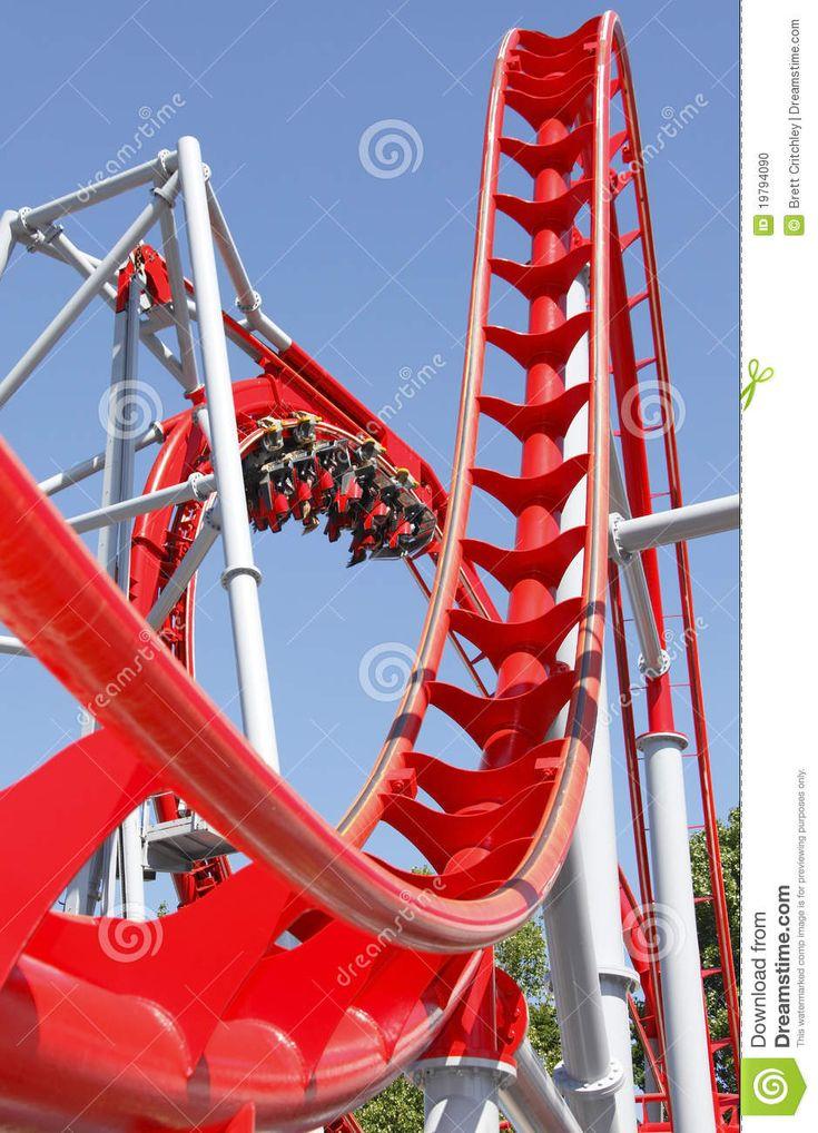 Montagne Russe Rosse Fotografia Stock - Immagine: 19794090