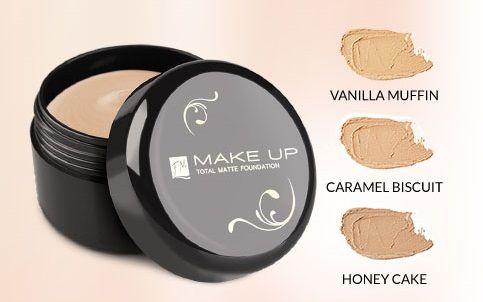 TOTAL MATTE FOUNDATION Fluweelzachte mousse met een aangename textuur. Matterend effect tot wel 10 uur! Egaliseert de teint, maskeert verkleuringen en maakt poriën minder zichtbaar. Perfecte dekking, licht poederige afwerking. #makeup http://www.parfumpaviljoen.nl/c-325766/total-matte-foundation