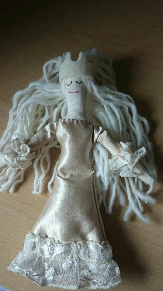 Sunday princess doll