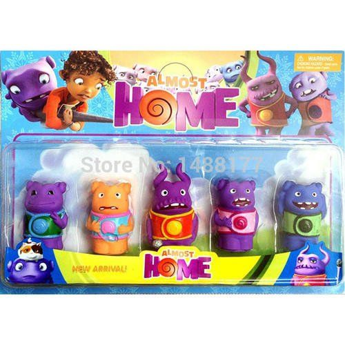 Home figurine set - can work as cake topper