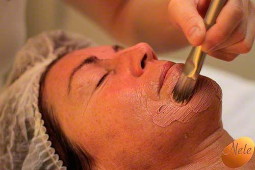 Liftend Ageless kleimasker met chromatherapie