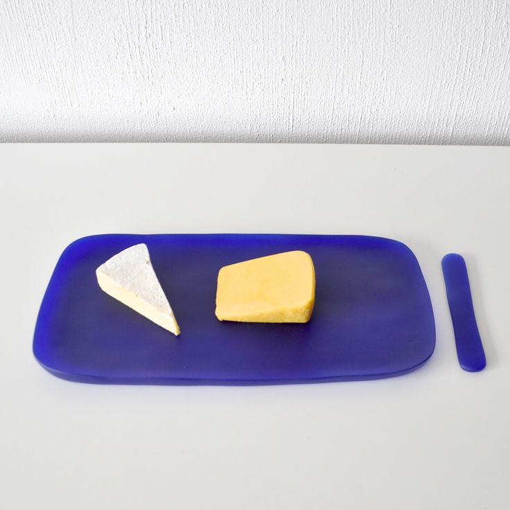 Small Serving Board with Cheese Spreader – TINA FREY DESIGNS - Hand sculpted and handmade with care - Food safe, lead and BPA free resin