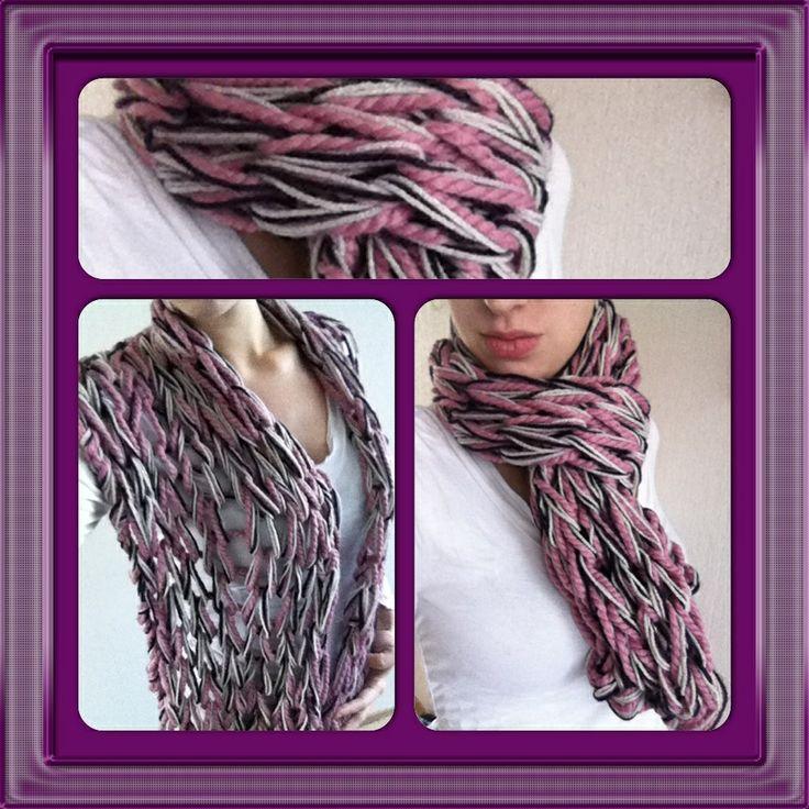 "30 minute scarf by ""arm knitting"" for mommy ! She'll be warm this winter :)  30 minuten arm gebreide sjaal voor m'n moeder. Lekker warm deze aankomende winter ! Heel simpel en snel klaar maar wel stijlvol :)"