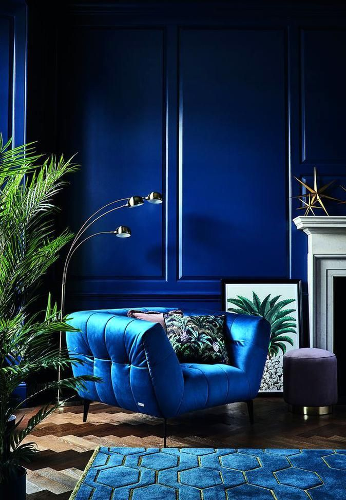 Royal Blue Wall Such A Calming Space In 2020 Art Deco Living Room Interior Deco Living Room Decor #royal #blue #decorations #for #living #room