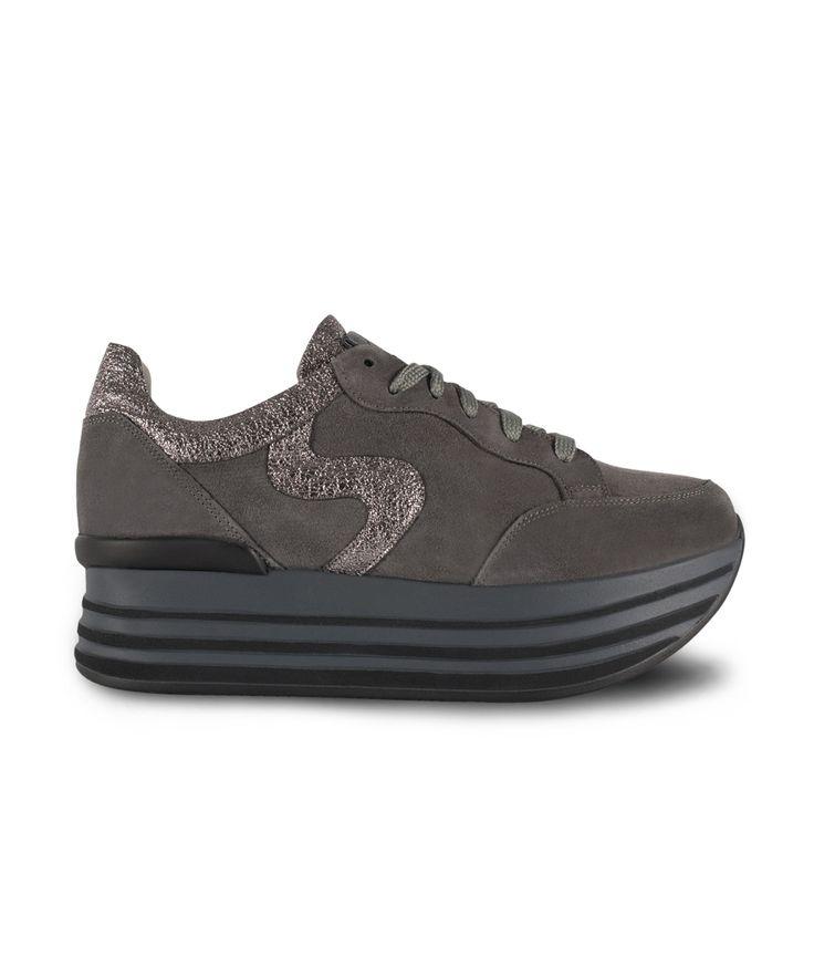 GRUMMAN sneaker with metallic details...Grey