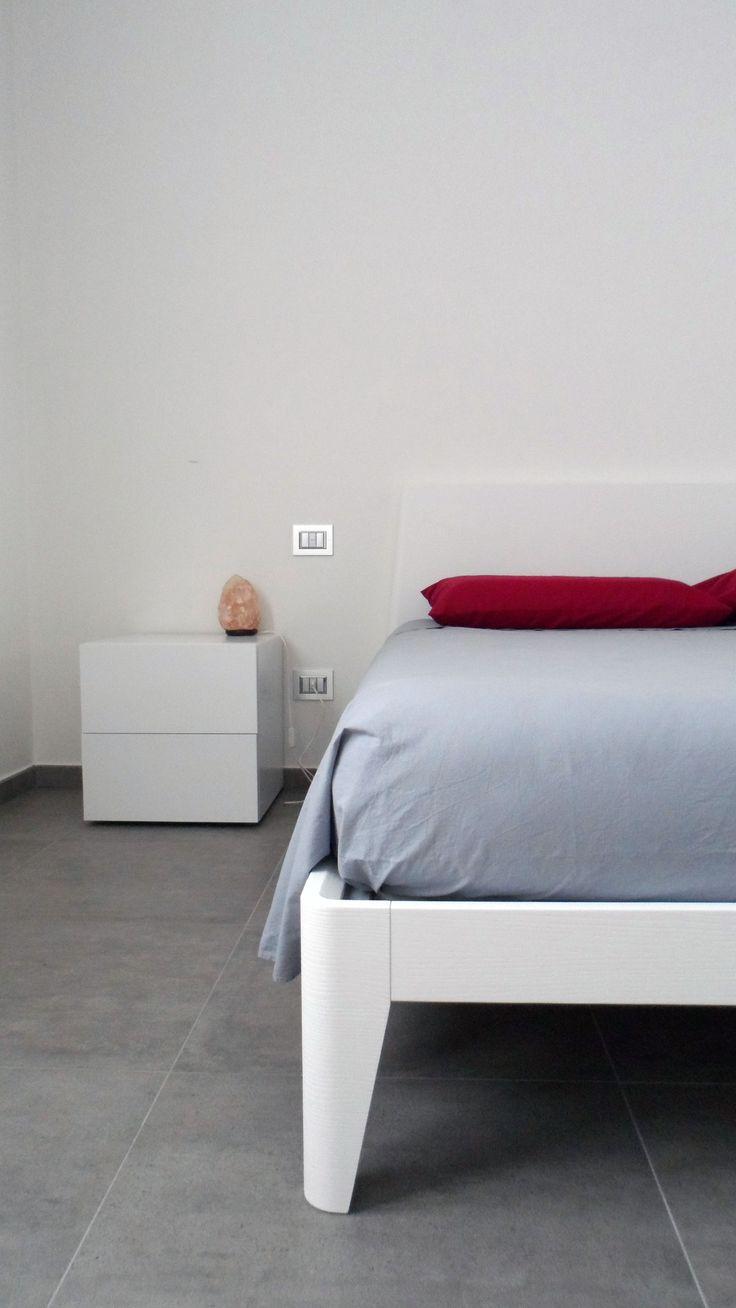 Less is more. Progetto personale, camera da letto