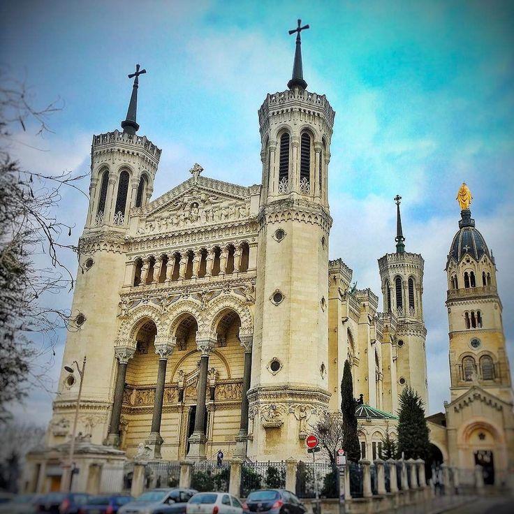 La basilique de Fourvière. Lión Francia.